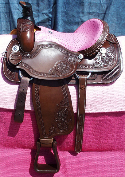 Arena Roping Custom Saddles Almost Too Pretty To Use From
